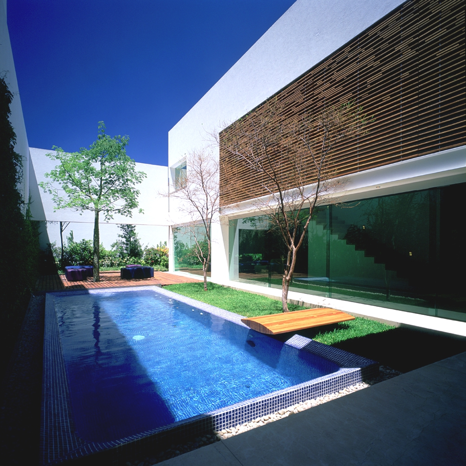 Contemporary-Homes-Guadalajara-Mexico-14