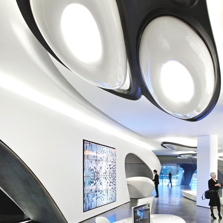 London-Gallery-Design-Zaha-Hadid-10