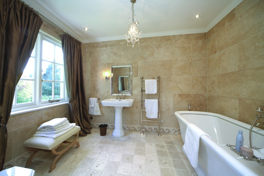 Luxury-Homes-Berkshire-England-01