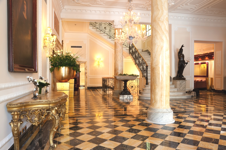 Luxury-Hotel-Design-Rome-Italy-01