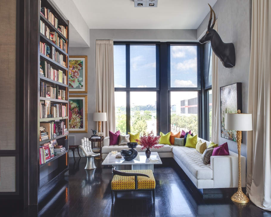 Jamie drake 39 s trendy new york apartment adelto adelto for How much to buy an apartment in nyc