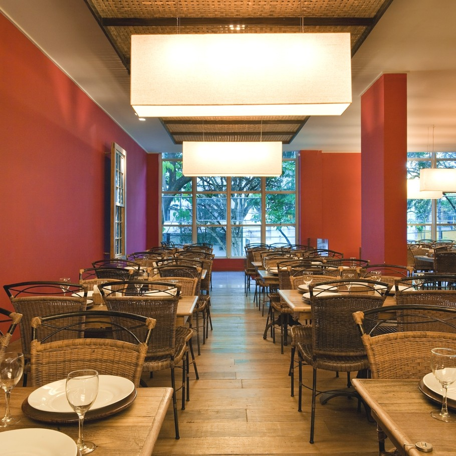 Luxury-Restaurant-Design-Brazil-05