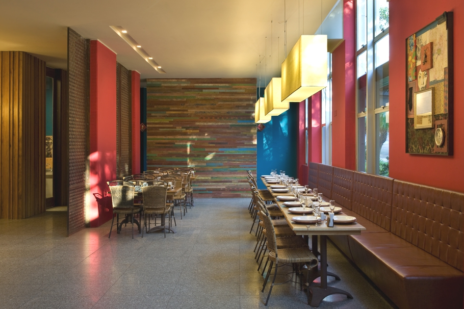 Luxury-Restaurant-Design-Brazil-07