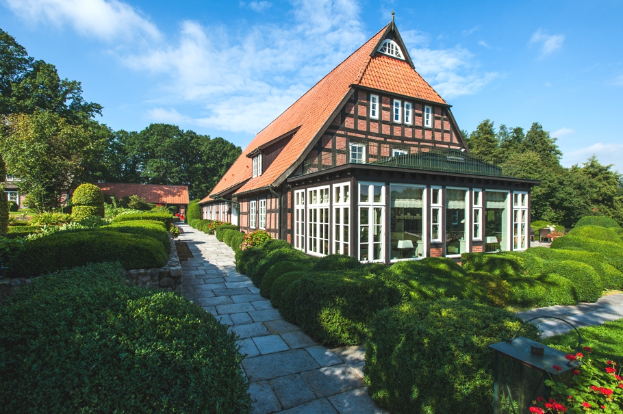 Luxury-home-Germany-01