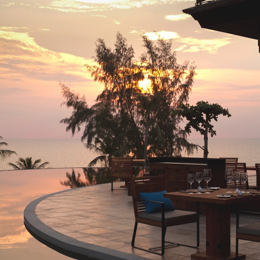 Best-Hotel-In-Phuket-Thailand-10