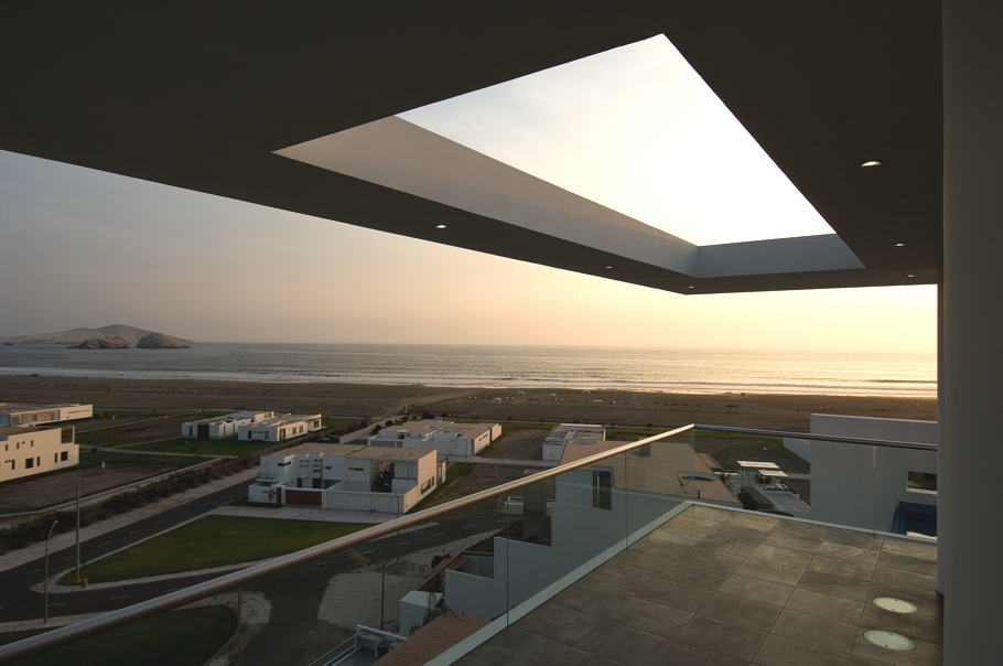 Contemporary-Architectural-Design-Lima-08