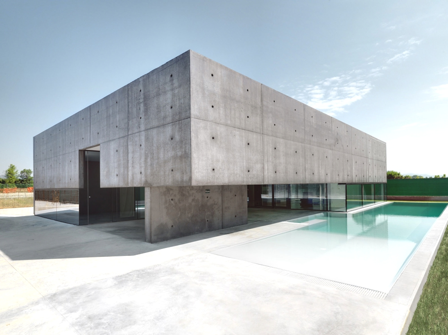 Contemporary-Architecture-Italy-00