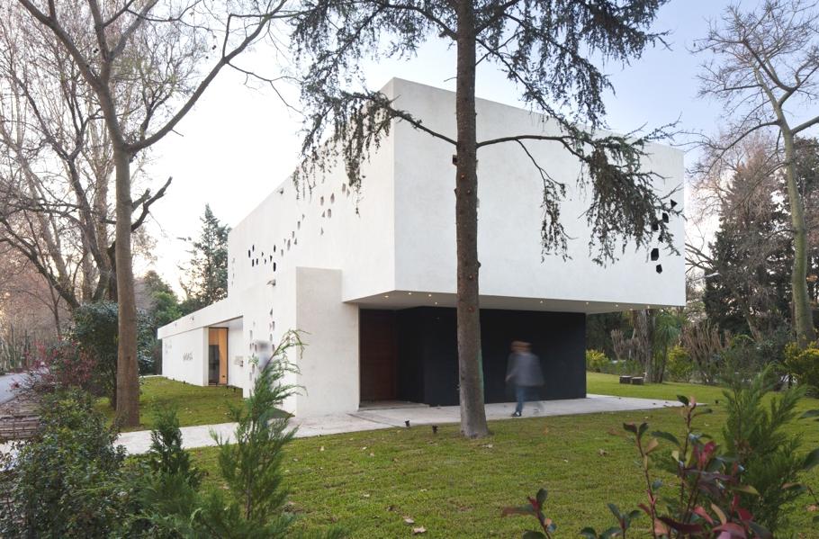 Contemporary-Interior-Design-Argentina-01