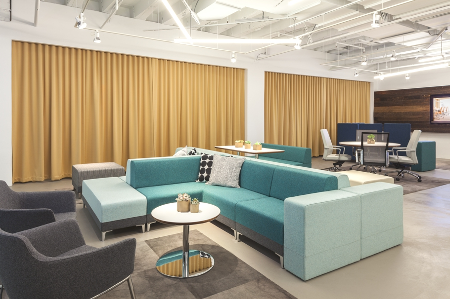 Contemporary-Office-Design-Chicago-03
