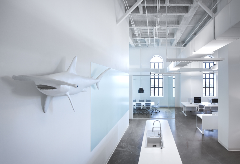 Contemporary-Office-Design-Montreal-Canada-01