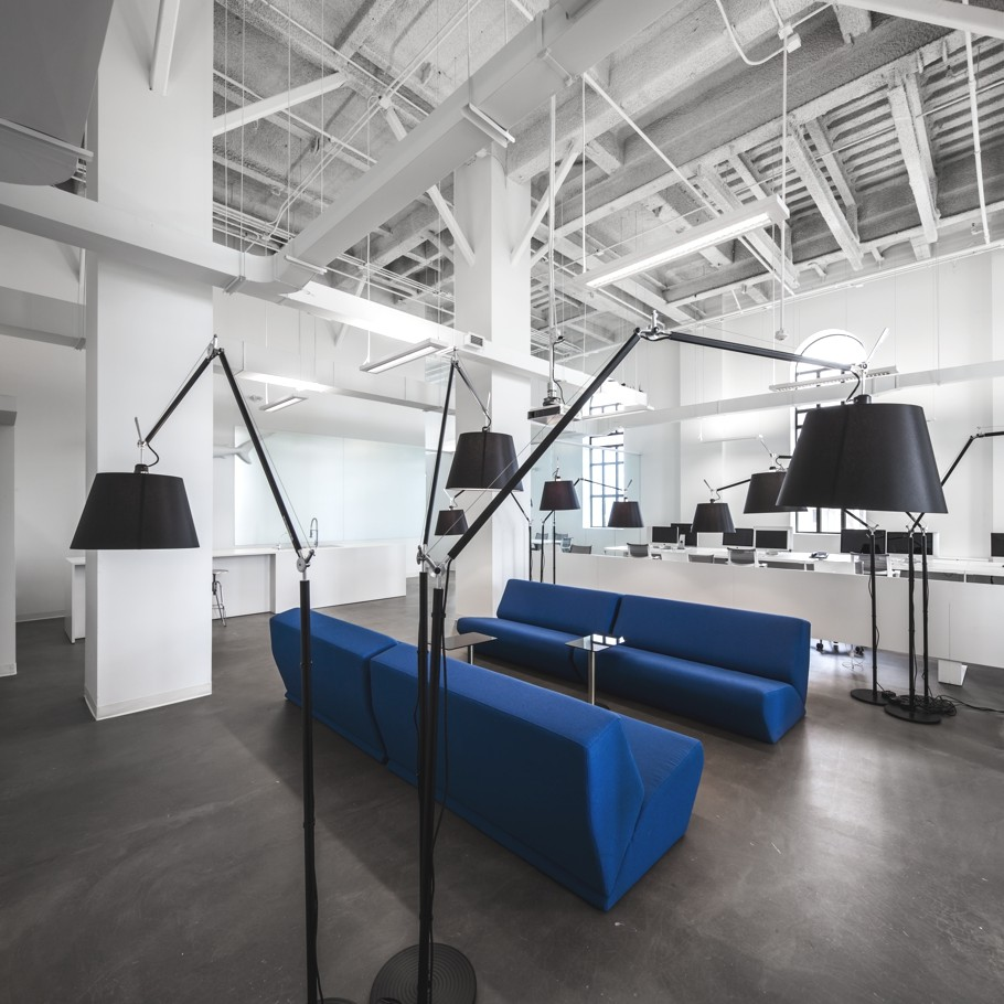 Contemporary-Office-Design-Montreal-Canada-08