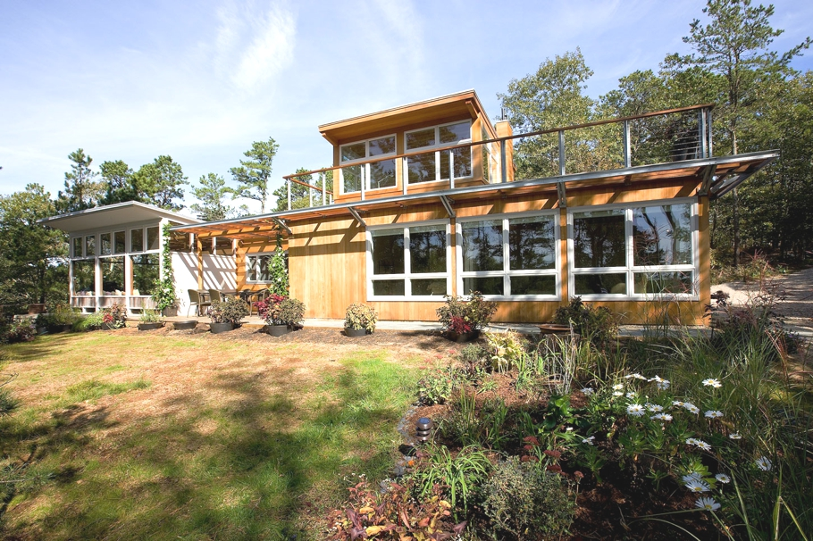 Luxury-Vacation-Home-Massachusetts-01