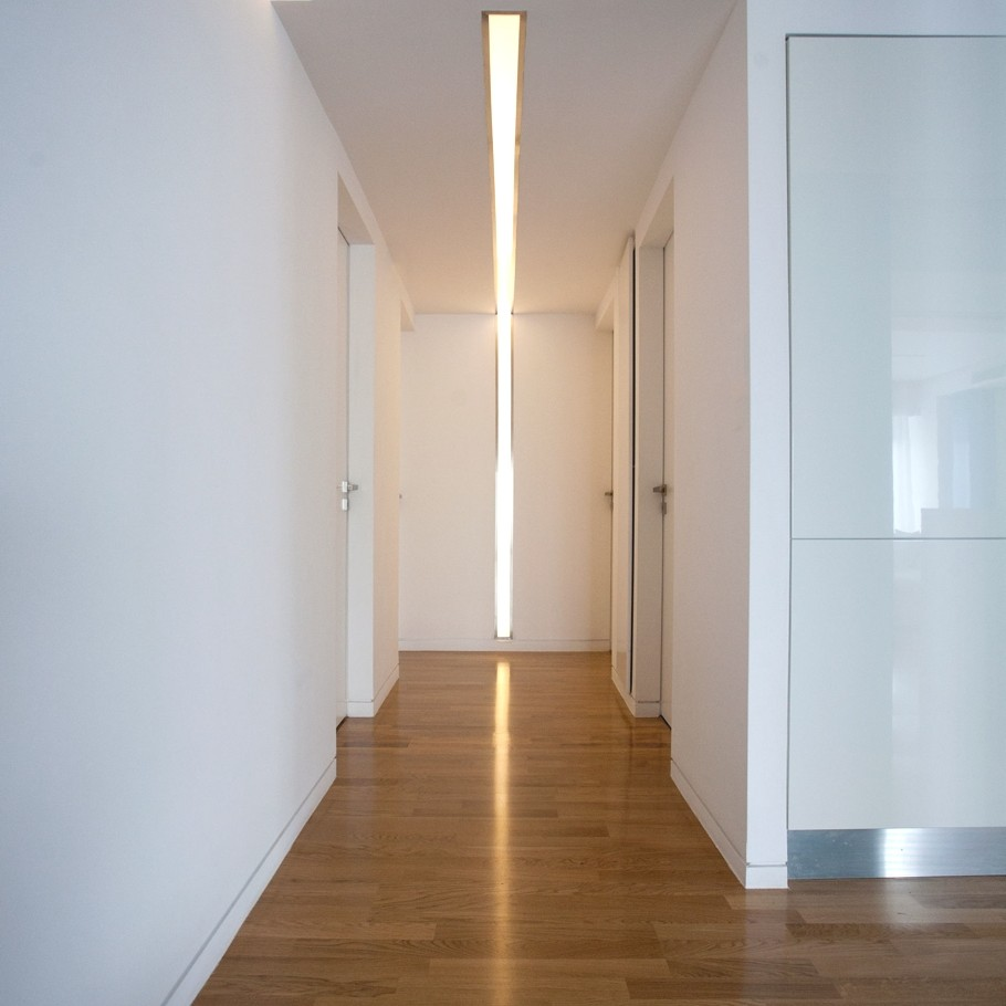 Minimalist-Interior-Design-Apartment-Athens-10