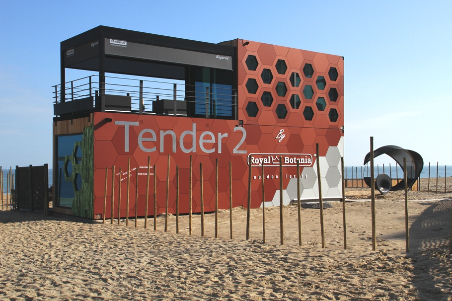 Very cool pop up hotel on the shores of knokke heist for Really cool hotels