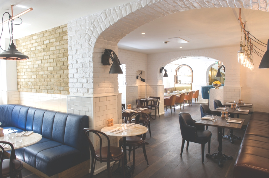 Apero-Restaurant-Bar-London-Adelto-00