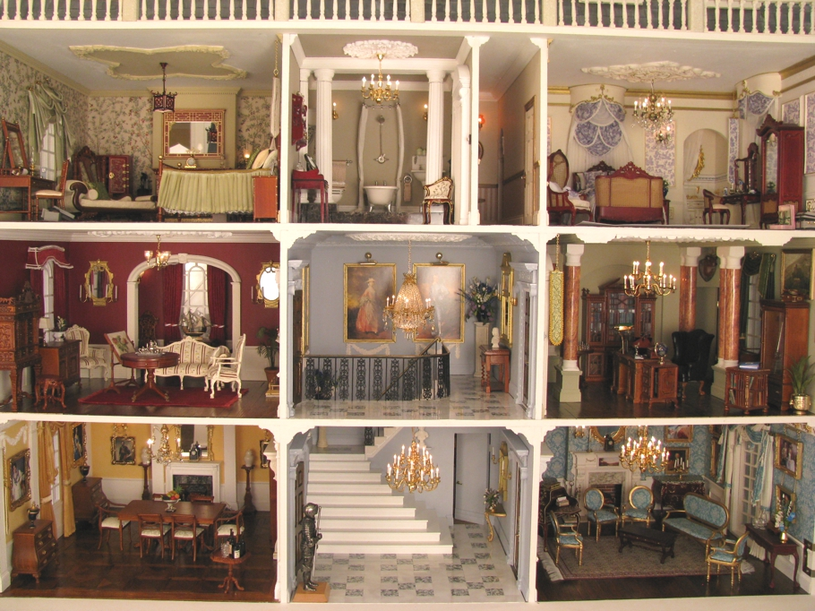 Christmas-Dollshouse-Festival-London-07