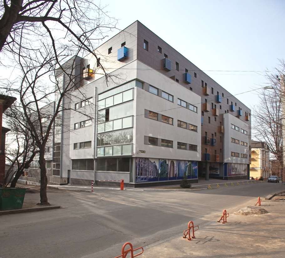 Contemporary-Apartment-Kharkov-Ukraine-05