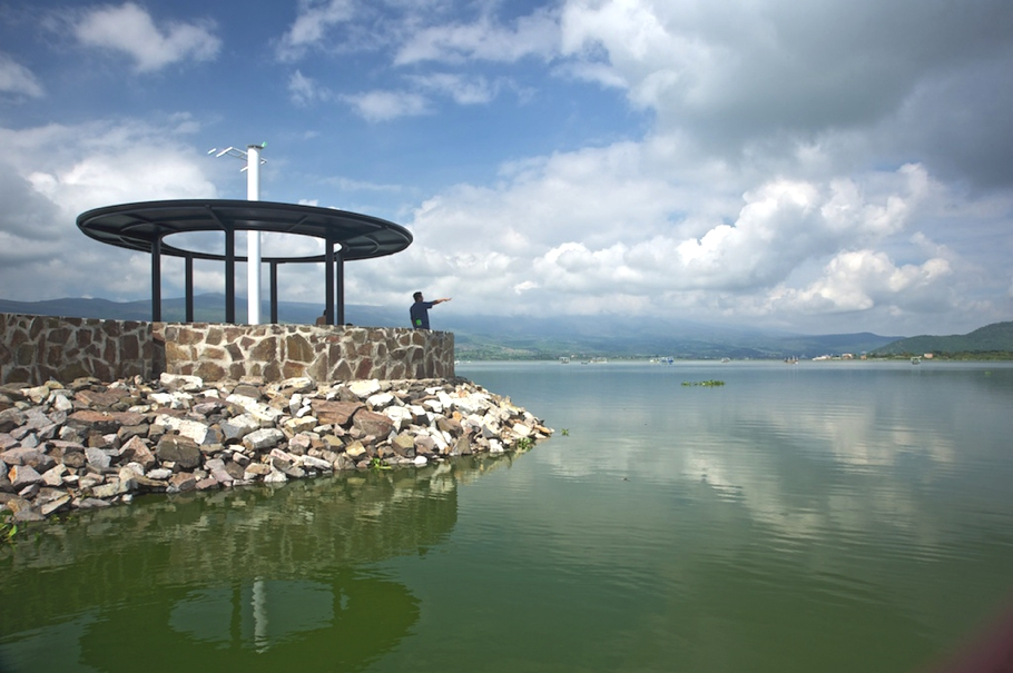 Contemporary-Pier-Design-Cajititlan-Mexico-07