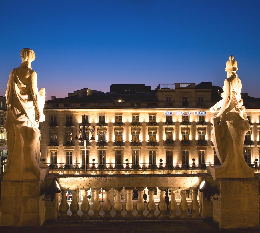 Grand-Hôtel-de-Bordeaux-Spa-France-02