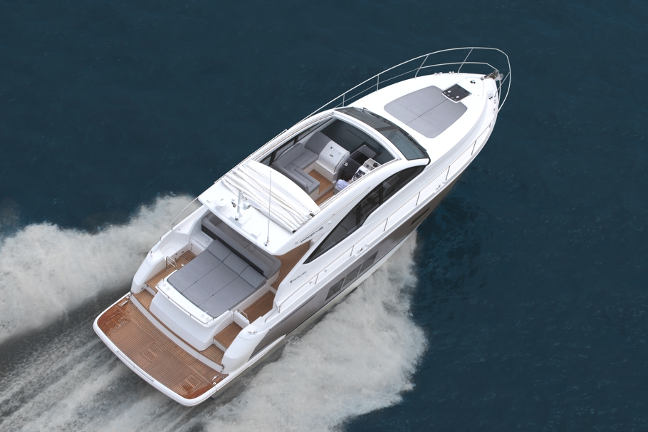 Luxury-Boat-Targa-48-Fairline-03