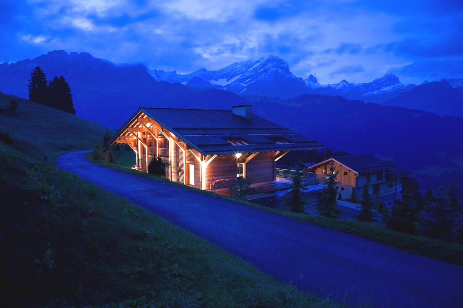 Luxury-Chalet-Villars-Switzerland-01
