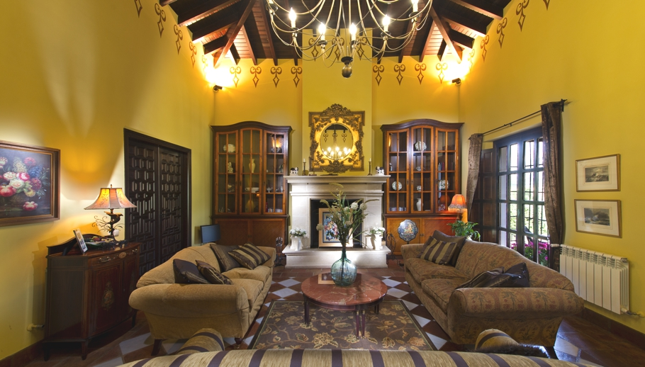 Luxury-Hotel-Andalusia-Spain-Adelto-03