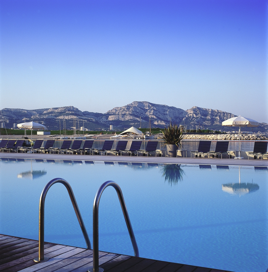 Luxury-Hotel-Marseille-Palm-Beach-15
