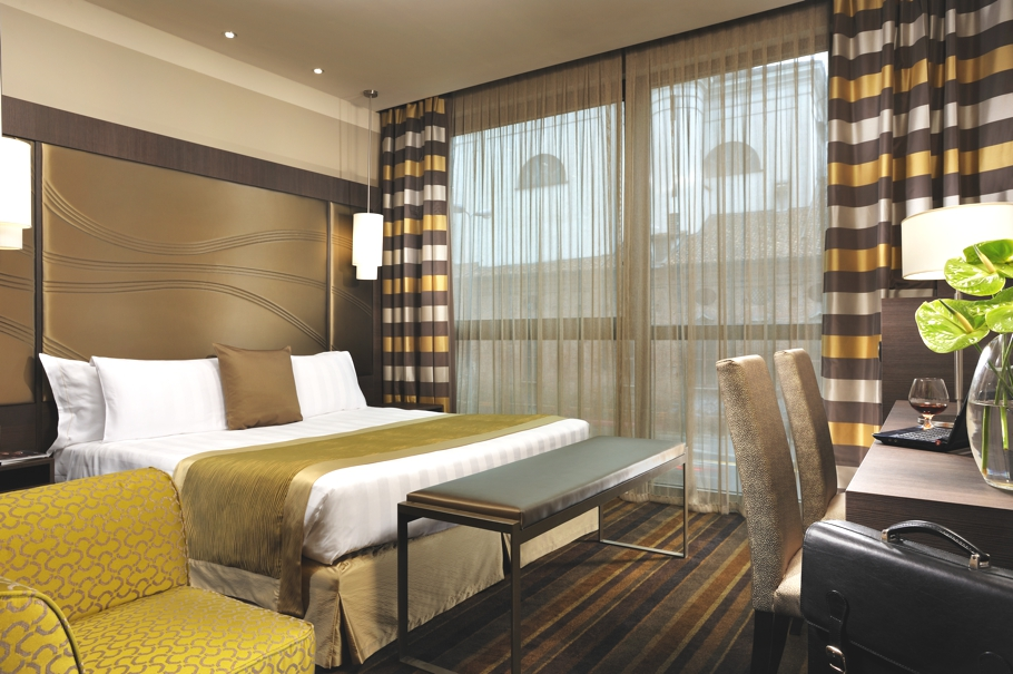 Luxury-Hotels-Milan-Adelto-07