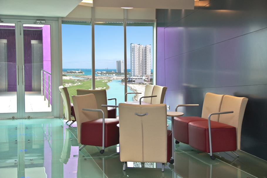 Luxury-Penthouse-Design-Cancun-Mexico-06