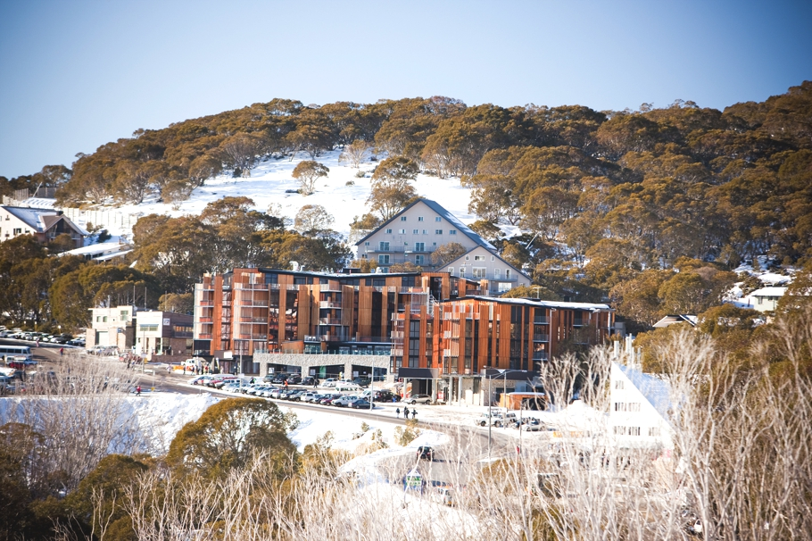 Luxury-ski-resort-victoria-Australia-Adelto-02