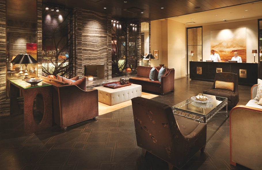 Boutique-Hotel-Loden-Vancouver-Canada-Adelto-01