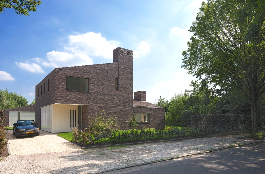 Contemporary-Homes-Groenekan-Netherlands-Adelto-02