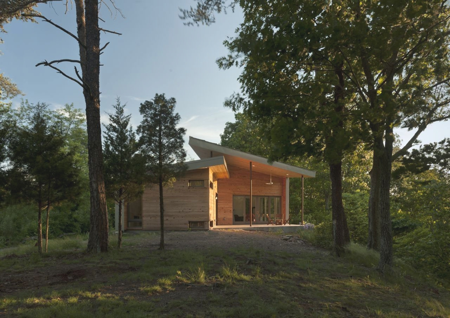 Contemporary-holiday-home-West-Virginia-Adelto-00