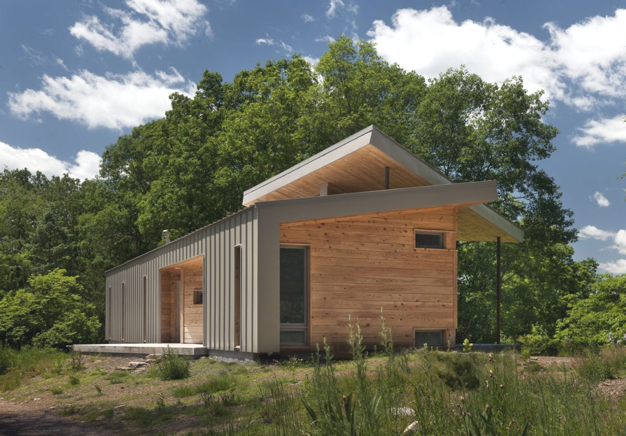 Contemporary-holiday-home-West-Virginia-Adelto-03