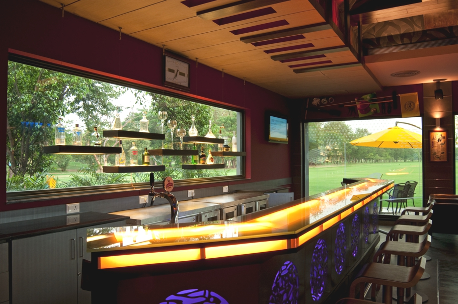 Fairway-Pub-Golf-Course-New-Delhi-Adelto-00