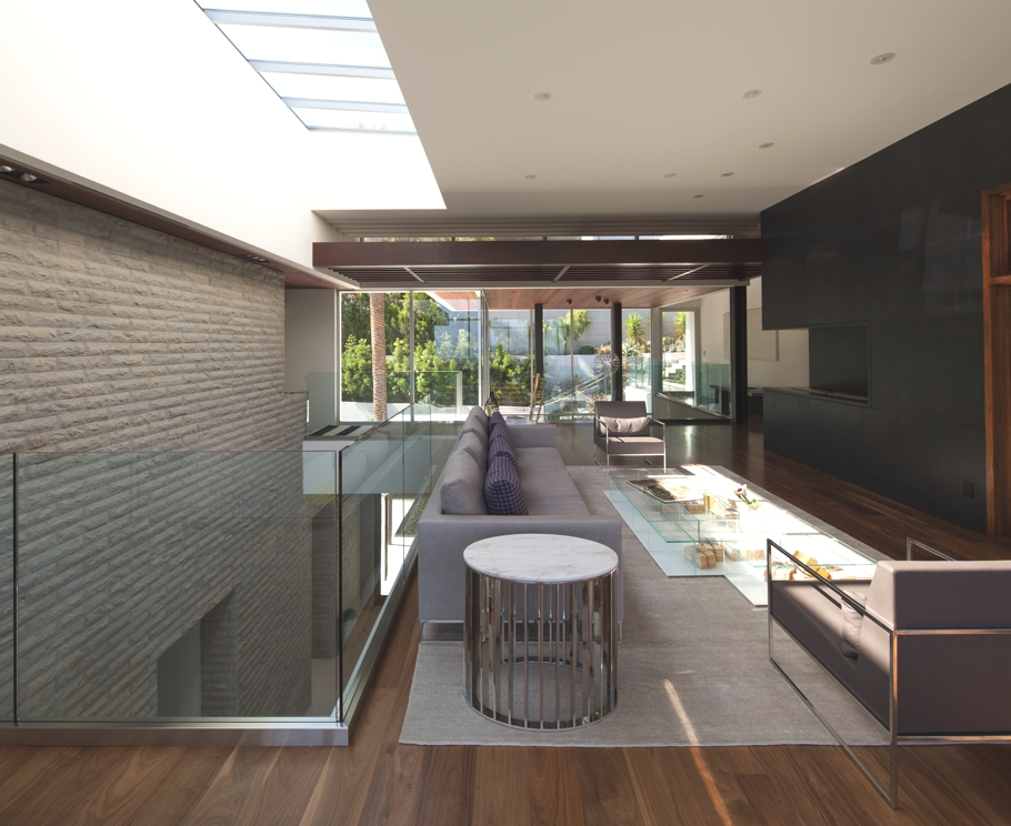 Luxury-Homes-Hollywood-Adelto-16