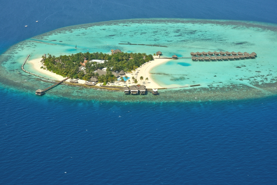 Luxury-Resort-Maldives-Maafushivaru-Adelto-05