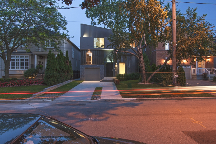 Contemporary-Home-Design-Toronto-Adelto-11