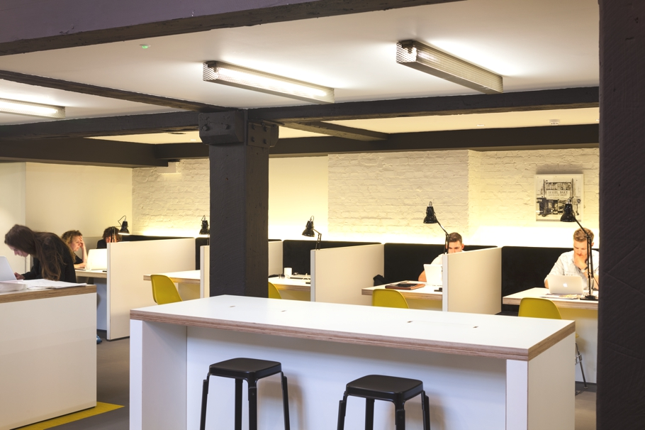 Contemporary-Office-Design-London-Adelto-06
