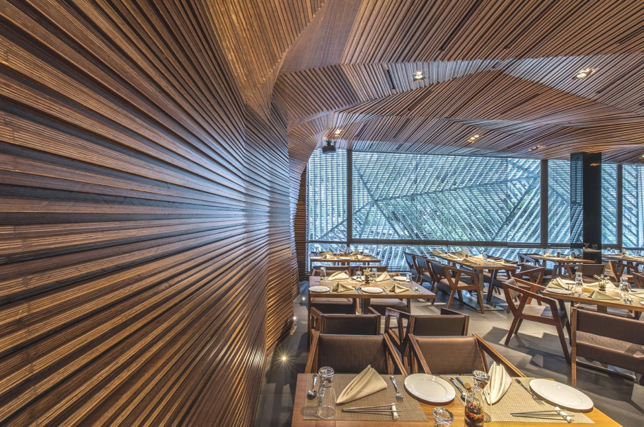 Contemporary-Restaurant-Design-Mumbai-Adelto-02