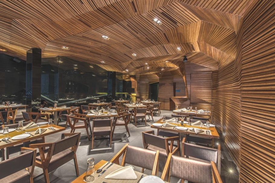 Contemporary-Restaurant-Design-Mumbai-Adelto-03