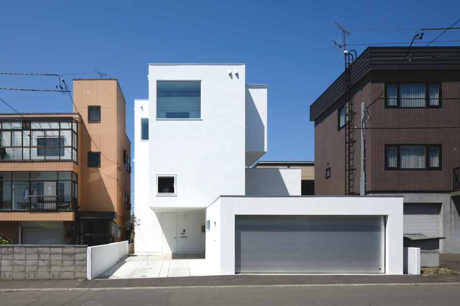 Contemporary-home-design-Japan-Adelto-00