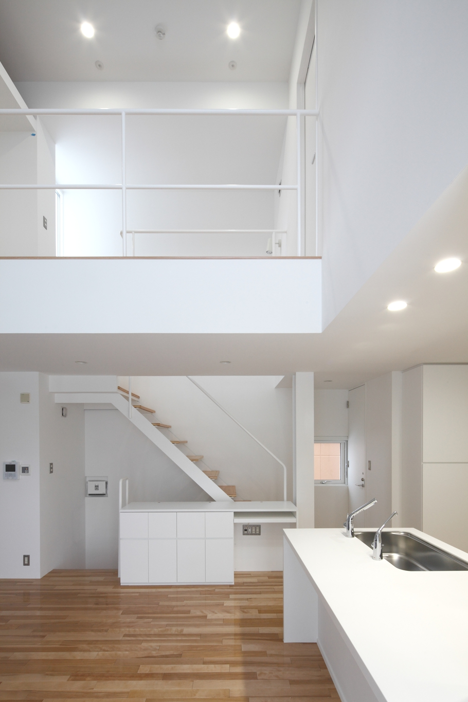 Contemporary-home-design-Japan-Adelto-02