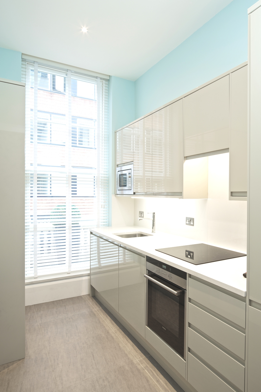 Luxury-Apartment-Flemings-Mayfair-London-Adelto-03