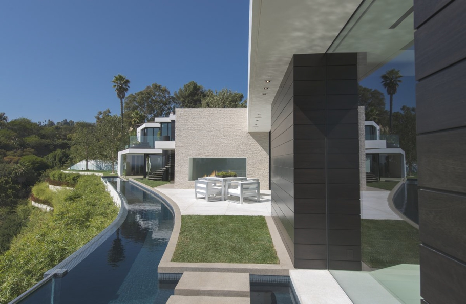 Luxury-Homes-Los-Angeles-California-Adelto-12