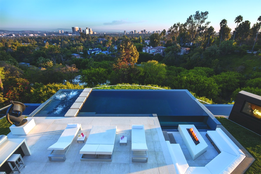 Luxury-Homes-Los-Angeles-California-Adelto-15