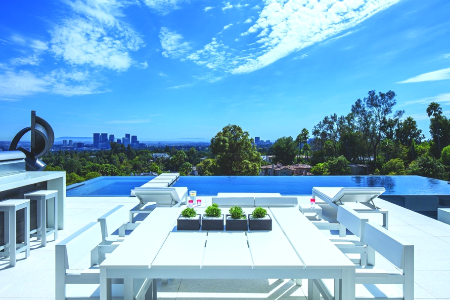 Luxury-Homes-Los-Angeles-California-Adelto-17
