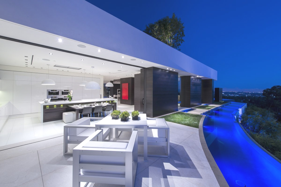 Luxury-Homes-Los-Angeles-California-Adelto-19