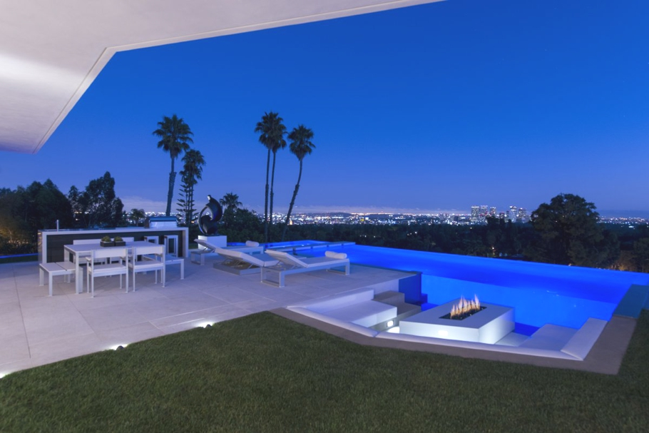 Luxury-Homes-Los-Angeles-California-Adelto-20