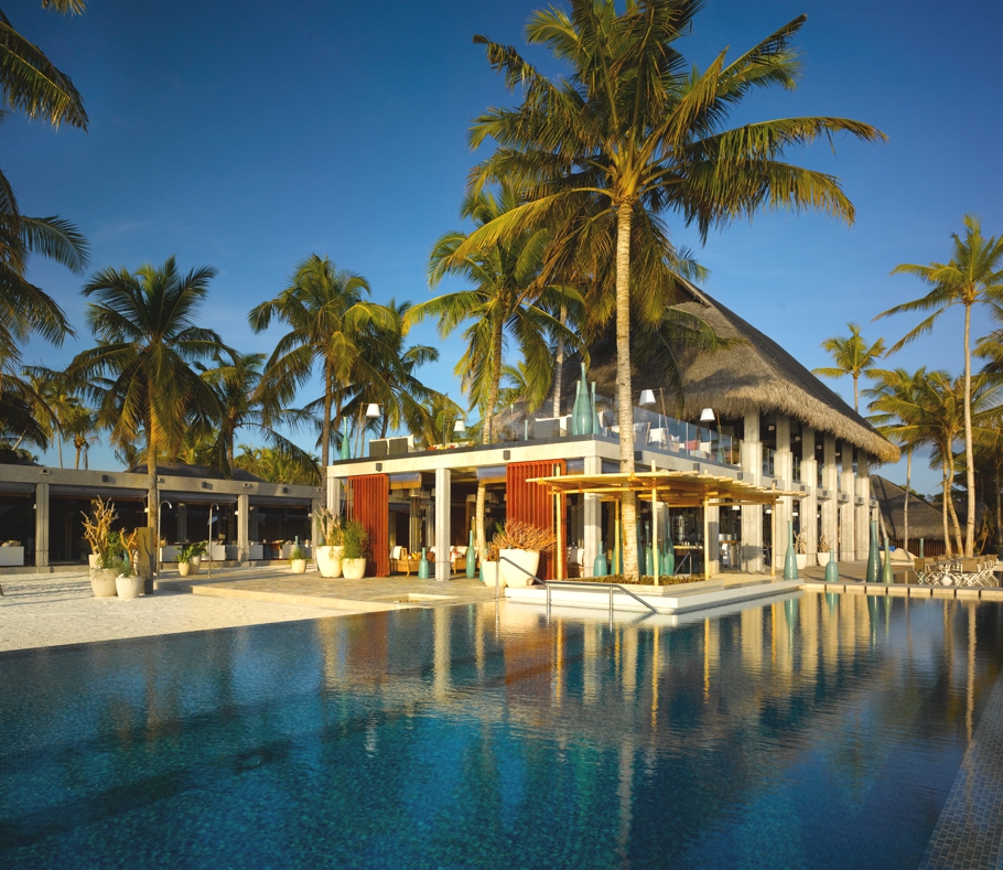 Luxury-Maldives-Resort-Velaa-Private-Island-Adelto-01